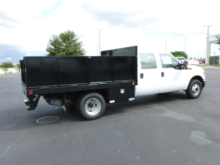 Ford-F350-Crew-Cab-with-flat-bed-1-768x576